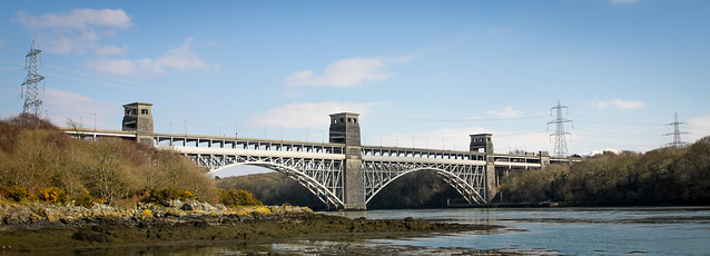 The Britannia Bridge (25x9 version)