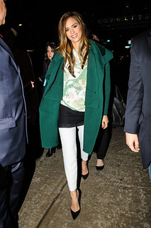 Jessica Alba White Trousers Celebrity Style Women's Fashion