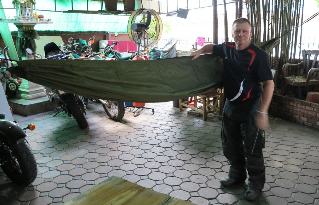it u0027s extremely well built  the designer says the loops in the bug   are for putting a stick ot bamboo through to hold the bug   away from you more  claytor jungle hammock  rh   rideasia