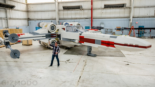 Life-sized LEGO Star Wars X-wing Starfighter