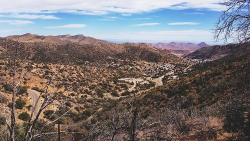 road city arizona mountains nature landscape photography hiking horizon az bisbee 16x9 afterlight mulemountains iphoneography snapseed vscocam uploaded:by=flickrmobile flickriosapp:filter=nofilter