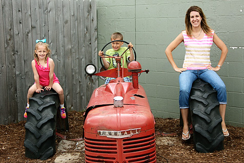 Tractor_Me-and-Kids-on-it