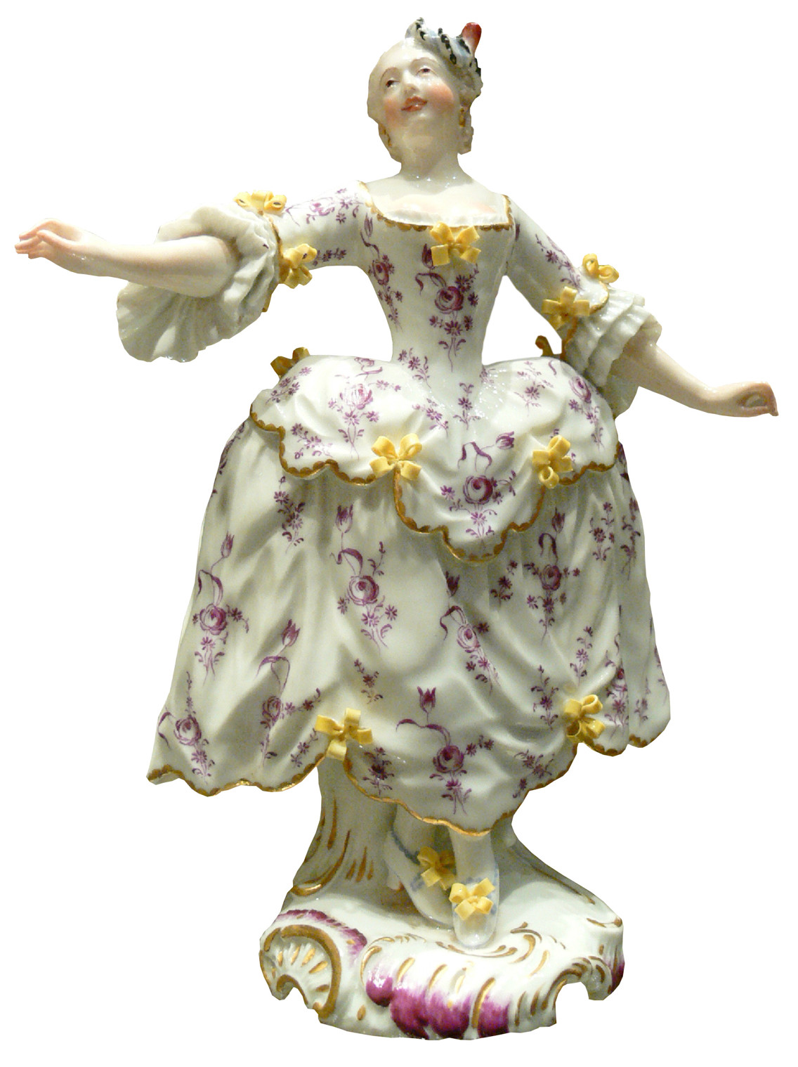 Porcelain figurine dancer wearing a pannier
