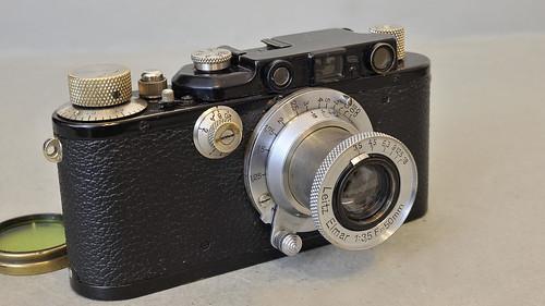 «Leica III» con óptica Elmar 3,5 / 50 mm. número de serie 110484. by Octavi Centelles