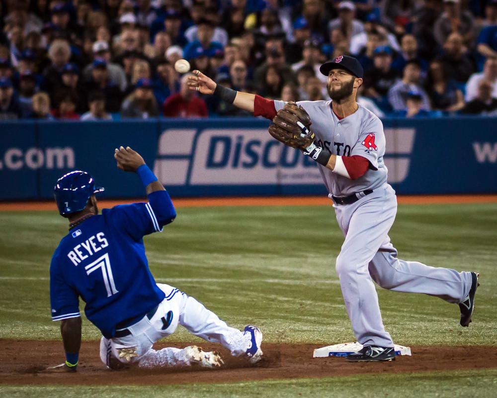 Reyes Sliding Hard to 2nd Base