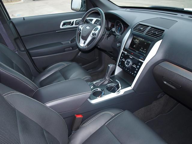 2013 Ford Explorer Sport 20