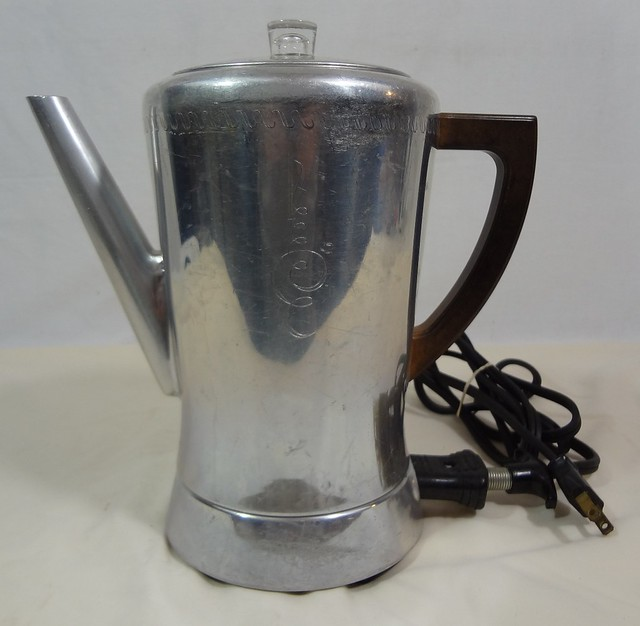 West Bend Coffee Maker Percolator : WEST BEND FLAVO-MATIC 8-CUP ELECTRIC COFFEE MAKER PERCOLATOR BAKELITE 3278E ~VTG