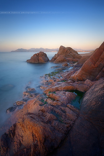 longexposure seascape france photoshop sunrise landscape lights bay nikon rocks cotedazur raw nef cannes tripod paca filter provence paysage dri manfrotto hoya rockscape d800 esterel frenchriviera ndfilter nd400 poselongue nikoncapturenx 52week ndx400 capturenx2 yllogo ©yannicklefevre||photography 52week15