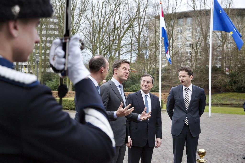 Draghi prepara nuove misure per il rilancio