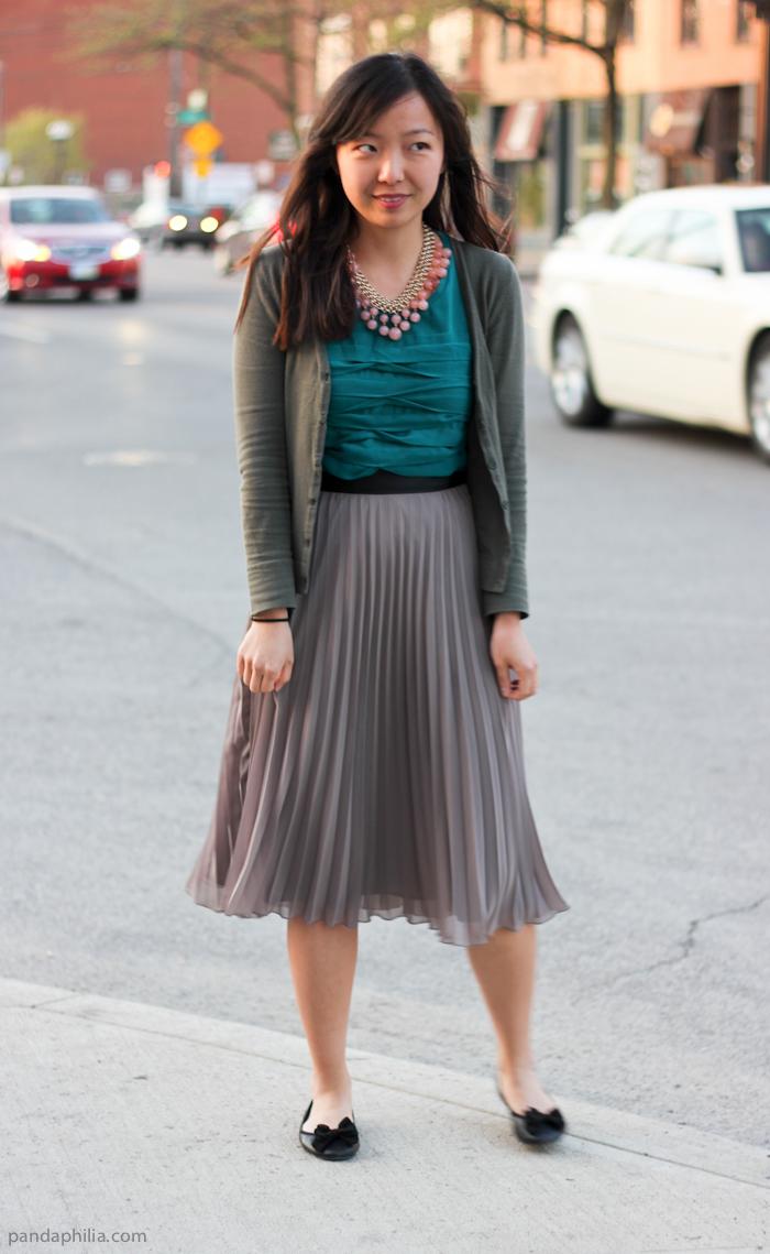 pandaphilia: Wear to Work: Tiered Ruffle Shell   Pleated Midi Skirt