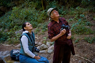 Isabel Ramírez and a colleague in the field.