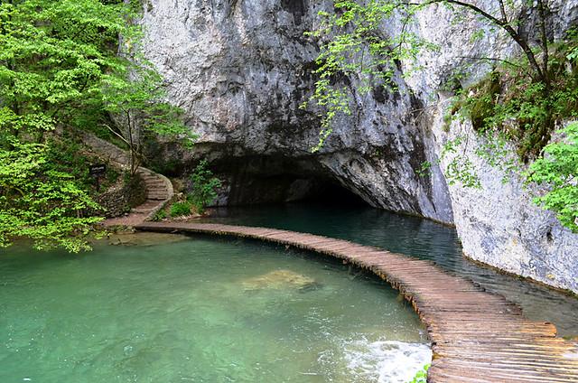Path leading to Suplajara Cave, Plitvice Lakes National Park, Croatia