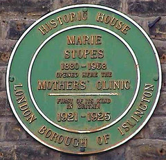Photo of Marie Stopes green plaque
