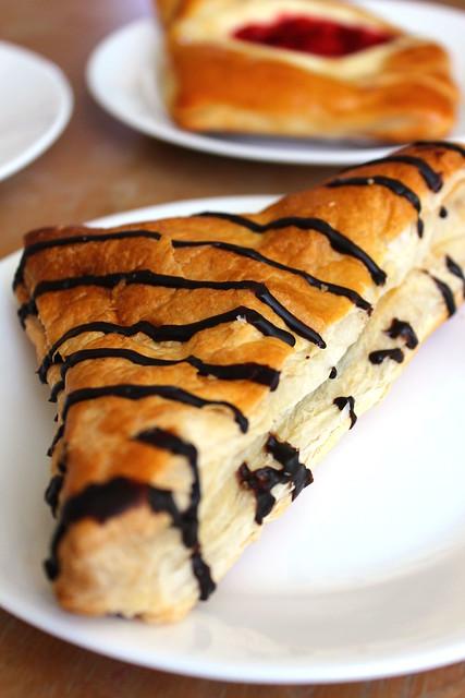 Chocolate Mini Pie Croissant