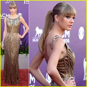 taylor-swift-acm-awards-2013-red-carpet