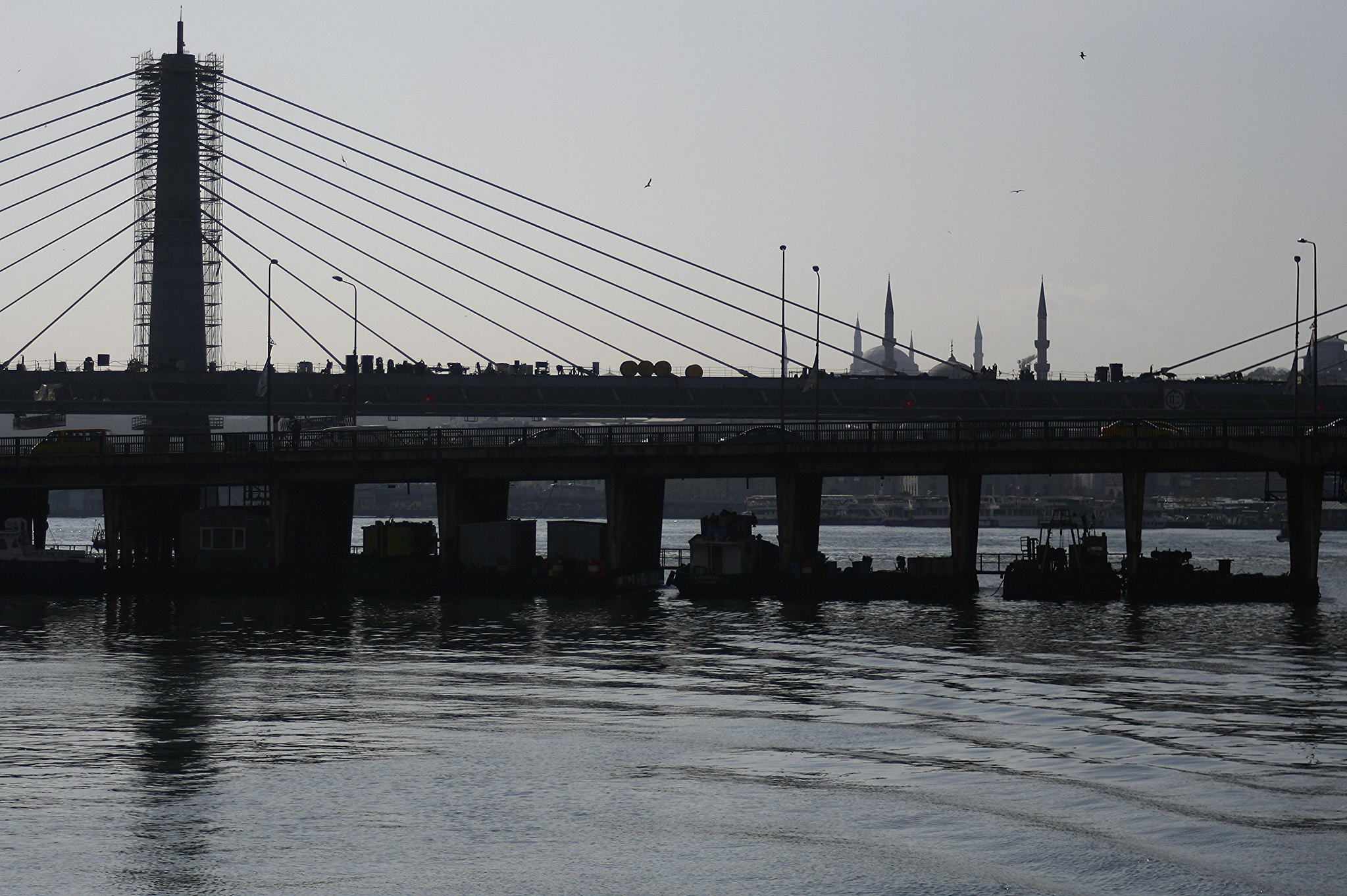 Bridge construction on the Golden Horn.