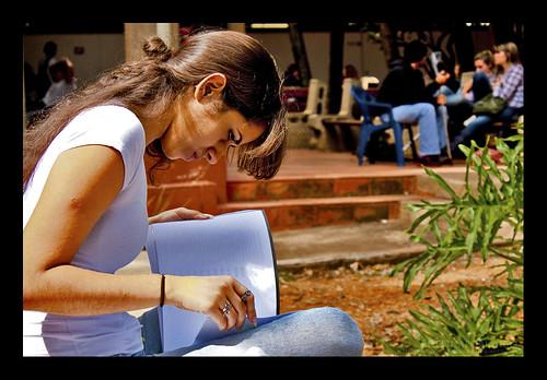 Abr24 {098/365} Estudar faz parte... by Antimidia