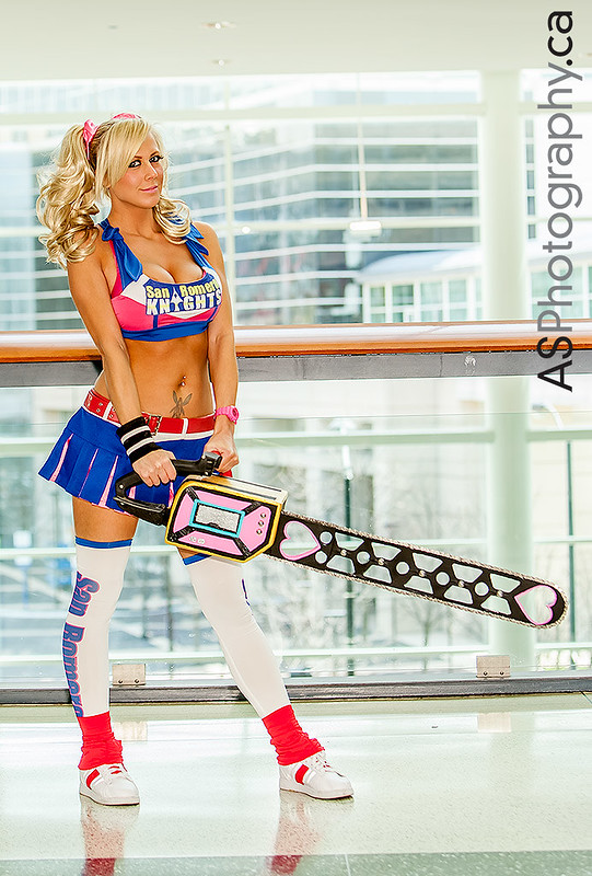 Juliet Starling from Lollipop Chainsaw captured at C2E2 2013