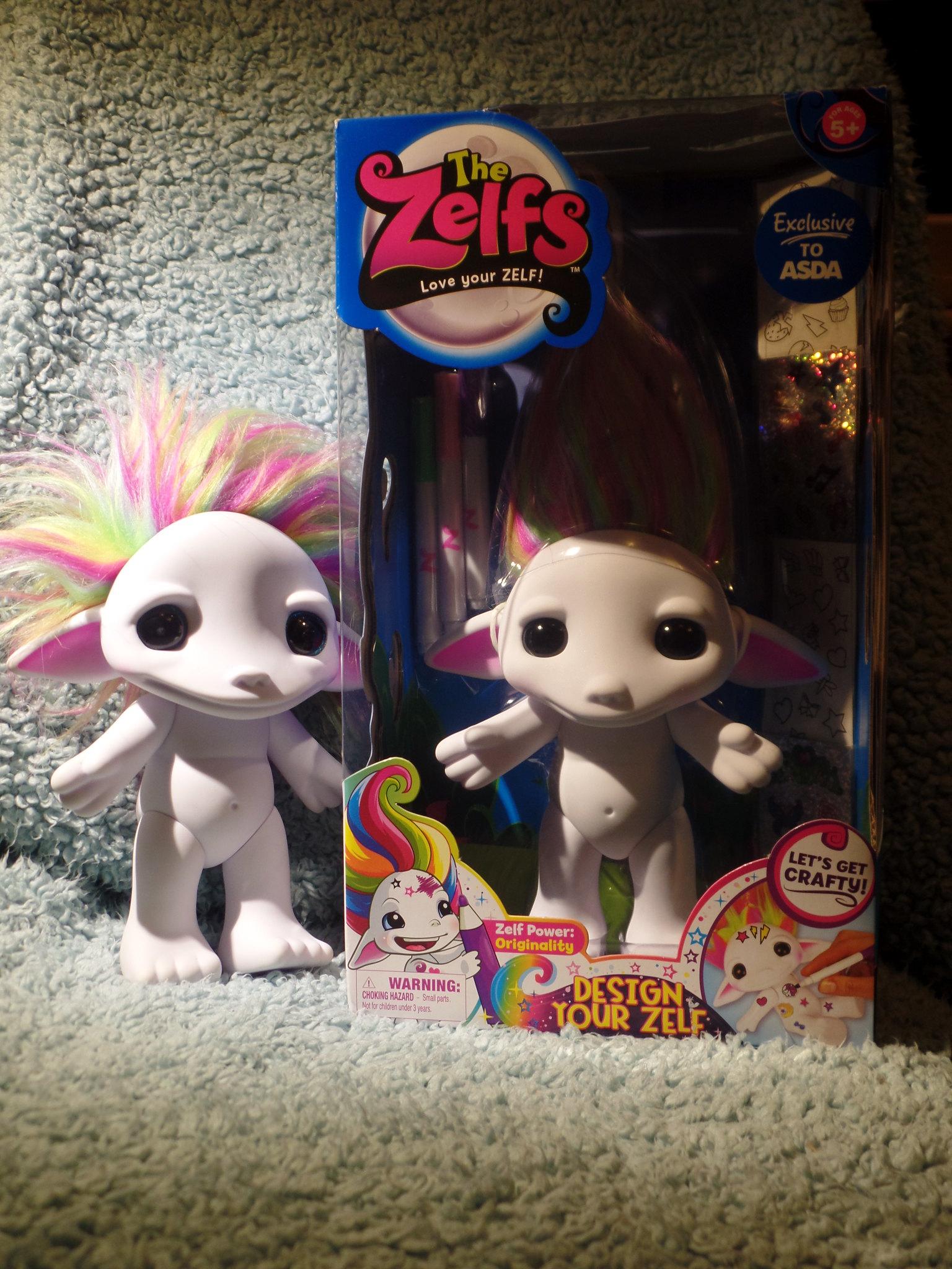 Extreem Opps, I collect Dolls HN-79