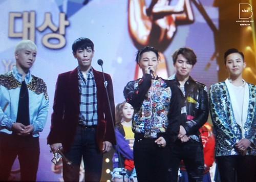 Big Bang - Golden Disk Awards - 20jan2016 - BB_side - 01