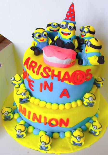 Minion Cake by Payel Sil of cakeandbake2016