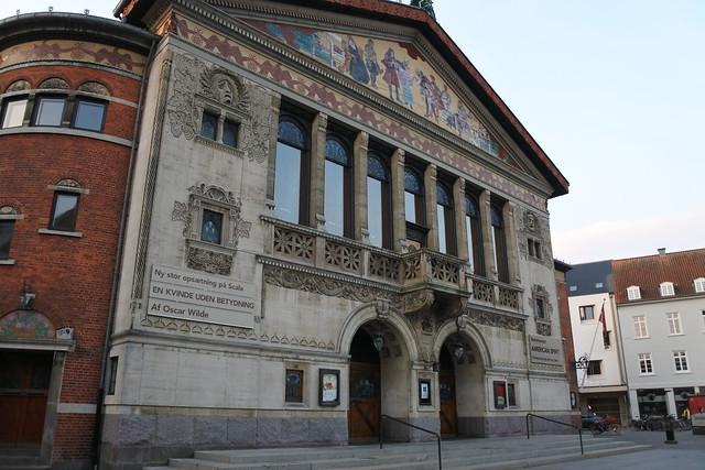 Header of Aarhus Theatre