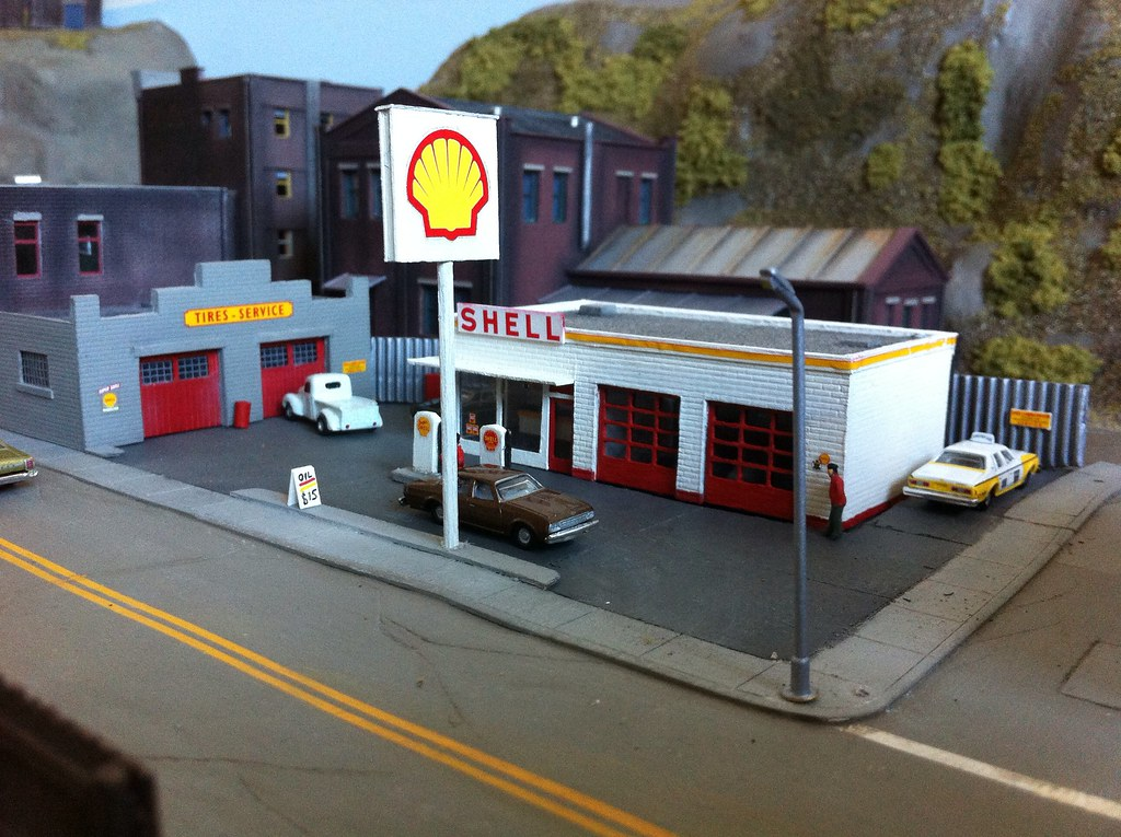 Another photo of Union 76 gas station. | Ken's HO scale model ...
