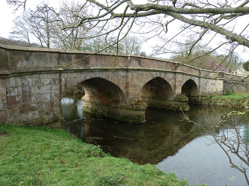Ilam and Coldwall Bridge ...