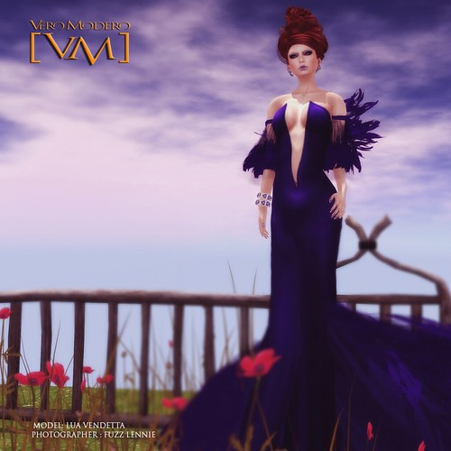 [VM] VERO MODERO _ LUA Gown Feather by Bouquet Babii