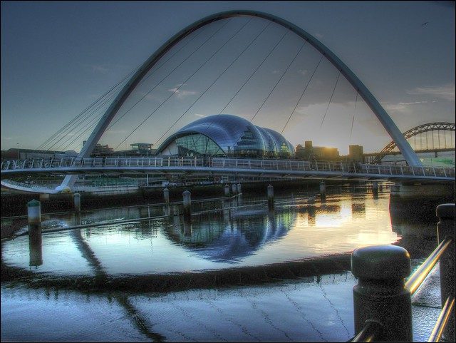 Dusk, Millenium Footbridge & The Sage, Tyneside