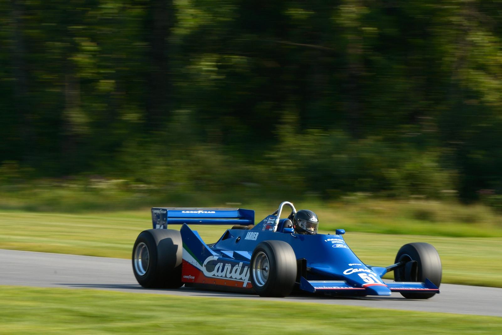 retro car racing