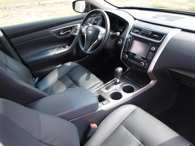 2013 Nissan Altima SL 12