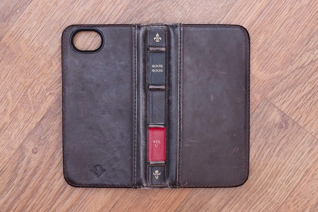 the original iphone twelve south bookbook for iphone 5 great condition 9 10 8719
