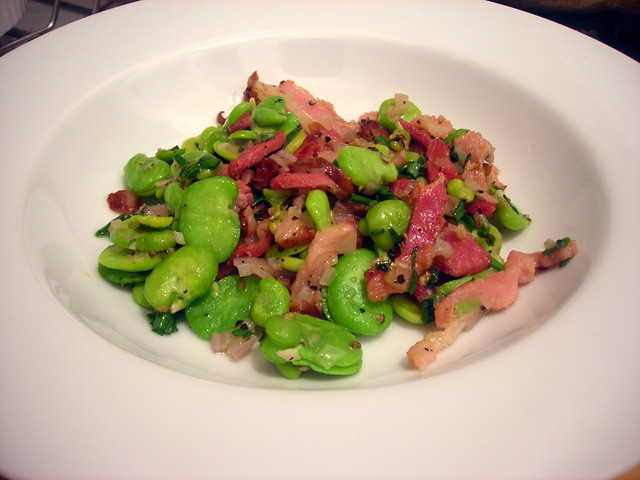 Fava beans with smoked bacon