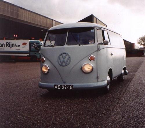 AE-82-18 Volkswagen Transporter bestelwagen 1964