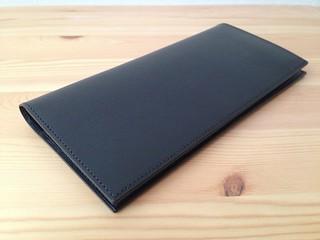 ファーロの薄い長財布