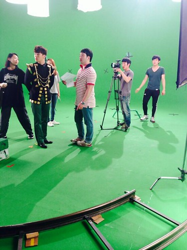 Seung Ri - Tower of Saviors - 2014 - BTS - 02
