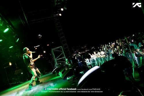 Taeyang_Facebook_BUSAN_concert_20140627 (6)