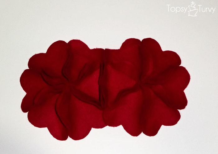 bulky-flower-hearts-felt-together