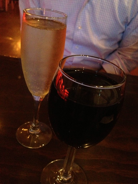 Red wine and prosecco - Frjtz