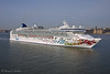 Norwegian Gem in the Hudson River
