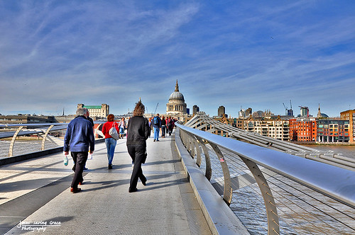city people london capital stpaulscathedral riverthames melliniumbridge