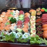 sushi triana