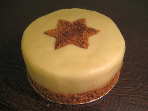 Orechovy dort s maslovo-pernikovym kremem
