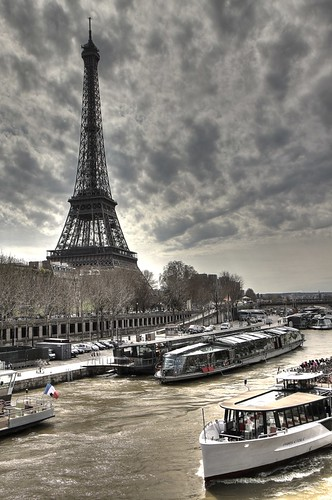 Eiffel Tower, Paris (HDR)