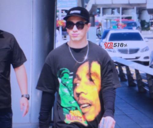 GD YB Dae arrival Seoul 2016-06-13 (29)