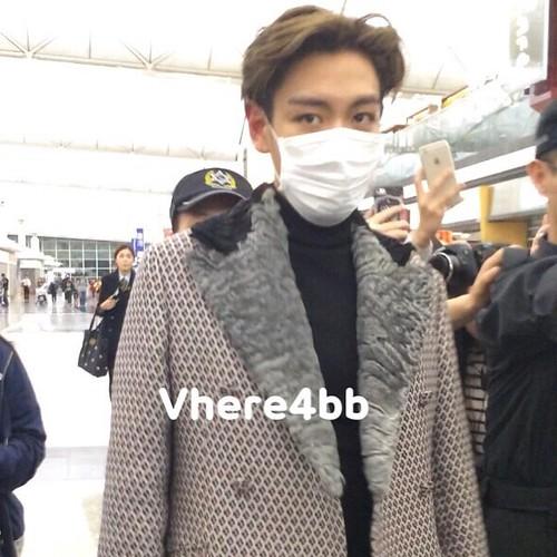 TOP - Hong Kong Airport - 15mar2015 - _kseyb_ - 01