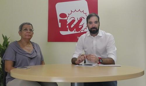 Rueda de prensa de Izquierda Unida Fran García Parejo y Paqui López Adame