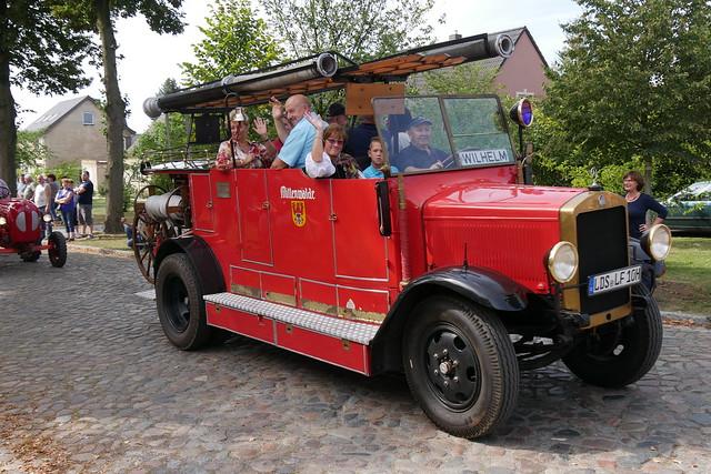 Historisches Feuerwehrfahrzeug