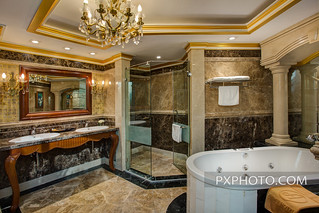 Presidential Suite Bathroom 2